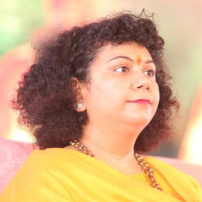 Dr. Archika Didi   KJ9A7123 Biography
