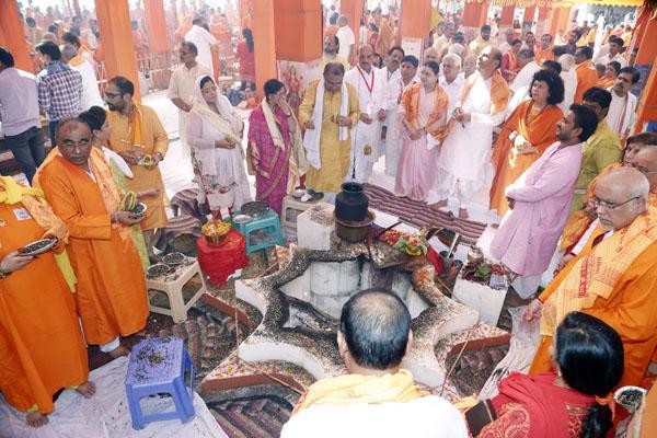 Dr. Archika Didi   19 Mahayagya main Cultural Celebrations