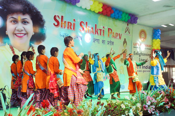 Dr. Archika Didi   20 Shrishaktiparv main IMG Cultural Celebrations